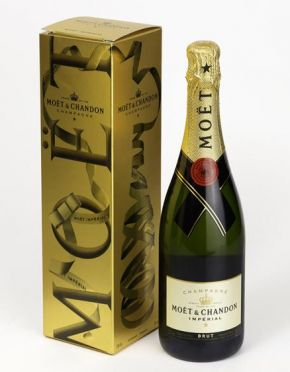 Moet Chandon Brut 750 ml 3